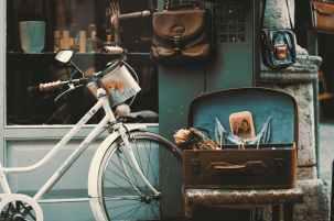 vintage antique bike bicycle suitcase bags #eroseco