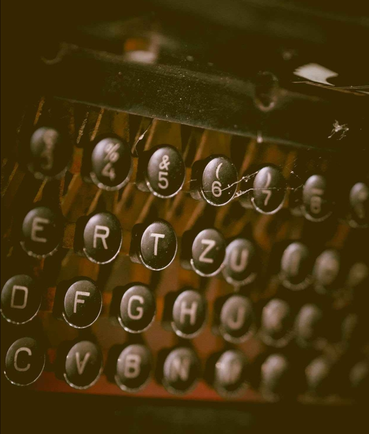 typewriter, type, keys, letters, vintage, contact, eroseco